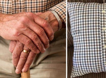 Il Nonno Muore Lasciando Un Messaggio Commovente Scritto Sul Cuscino